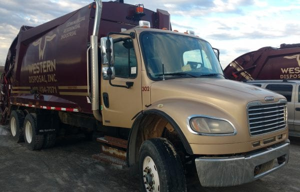 2007 Freightliner M2 with 25 Yd McNeilus